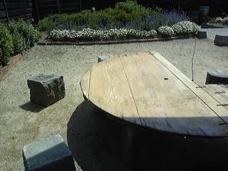 ガーデンテーブル1.JPG