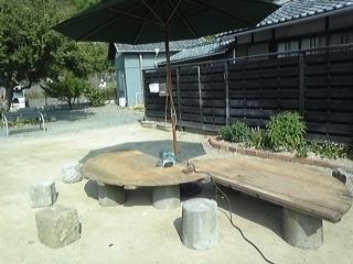 ガーデンテーブル4.JPG